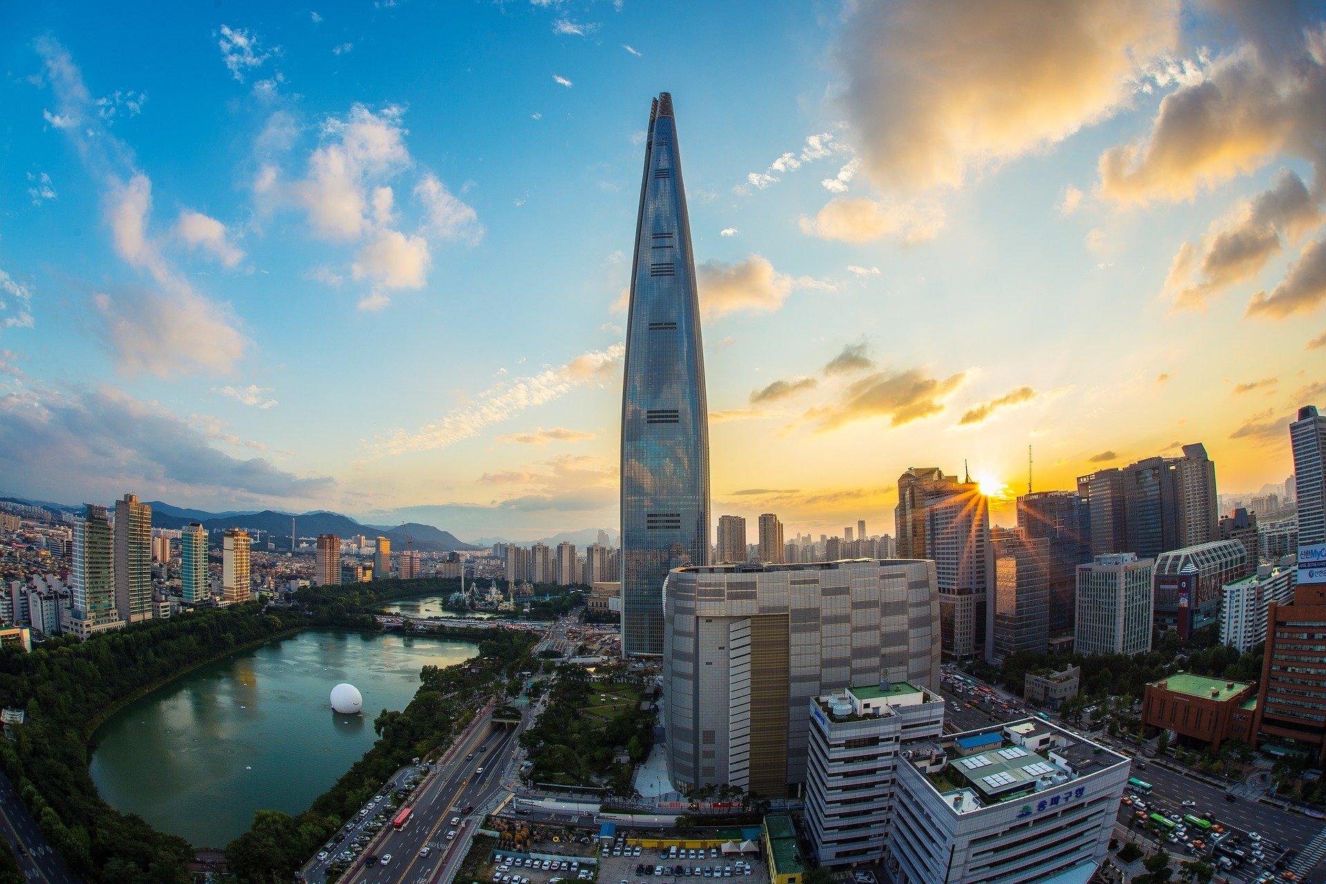 北朝鮮が弾道弾を発射、元統合幕僚長の岩崎氏「我が国周辺のみならず米国への脅威にも」