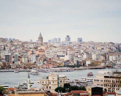 外貨準備が急減するトルコ