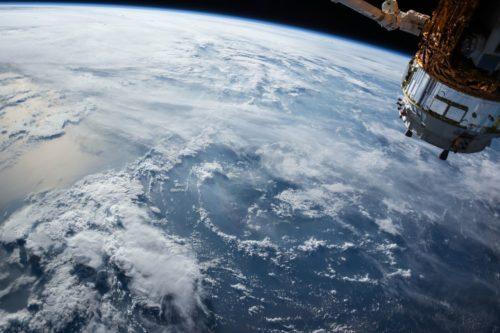 我が国の宇宙政策の現状と課題、元統合幕僚長の岩崎氏「宇宙を制する者が未来を制する」