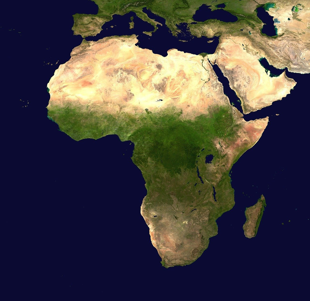 アフリカの中国との協力関係、経済と軍事