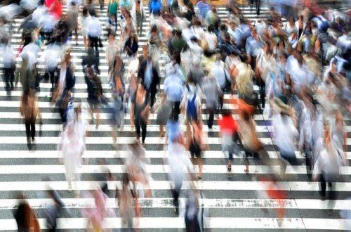 景気は大幅改善、緊急事態宣言解除も影響か
