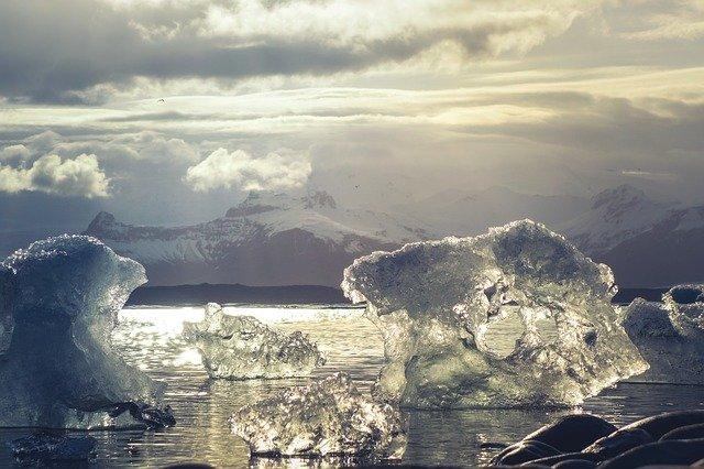 新たな戦略領域-北極海を巡る攻防-