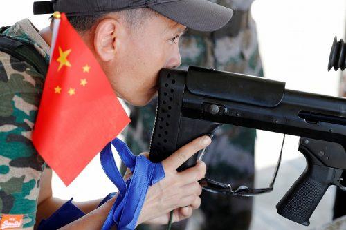 銃口から生まれるもの-中国党軍の関係-